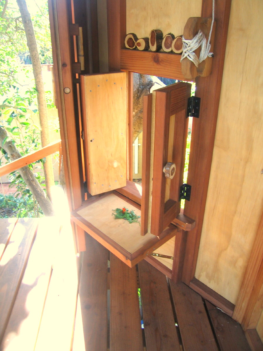 Tree yurt treehouse, view 24